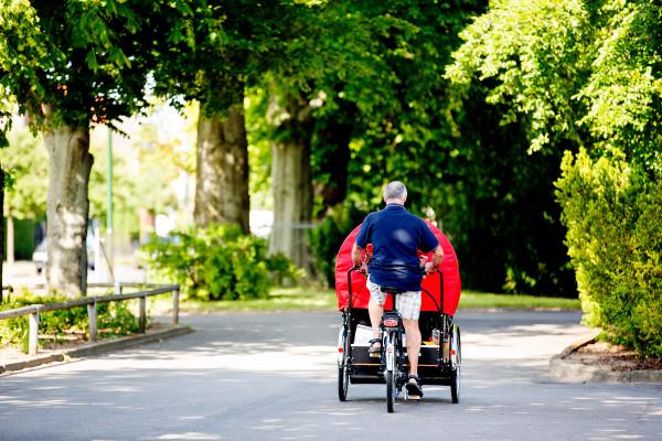 Cykling utan ålder. Äldreboende Danska vägen. Beställare: Sara Forslund, Frida Beijer Foto: Sanna Dolck